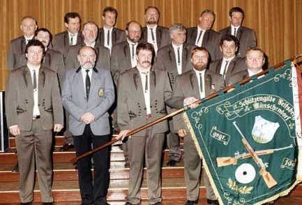 2. Vereinsgruppenfoto im großen Saal der Elsterperle